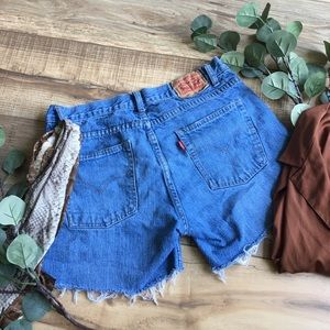 Levi's | Vintage High Waisted Mom Shorts